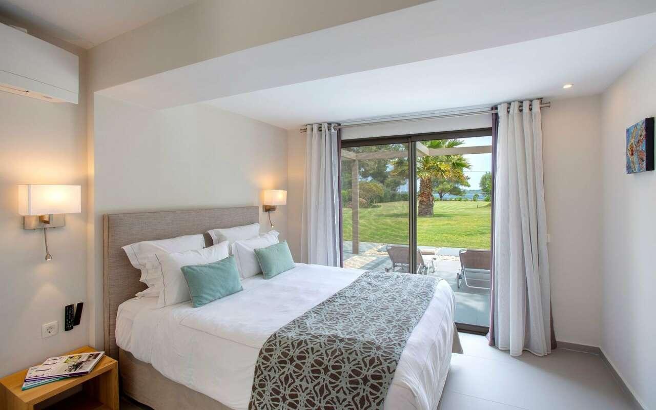 Tiamo Palm Sea front Villa, Vourvourou