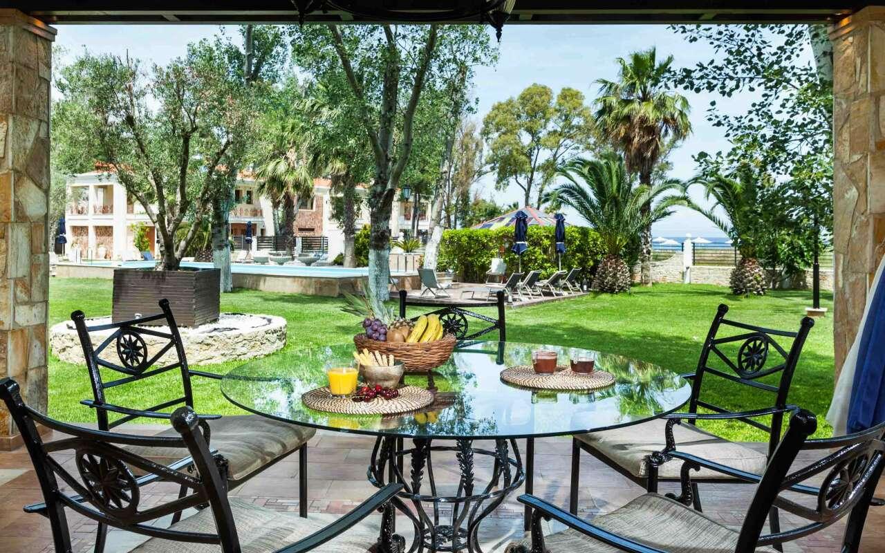 W Villas Deluxe Beach Front Villa, Pefkochori