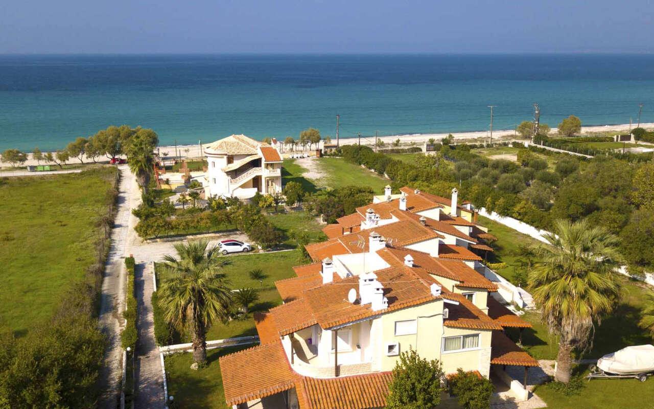 Encore Seaside Villa, Posidi
