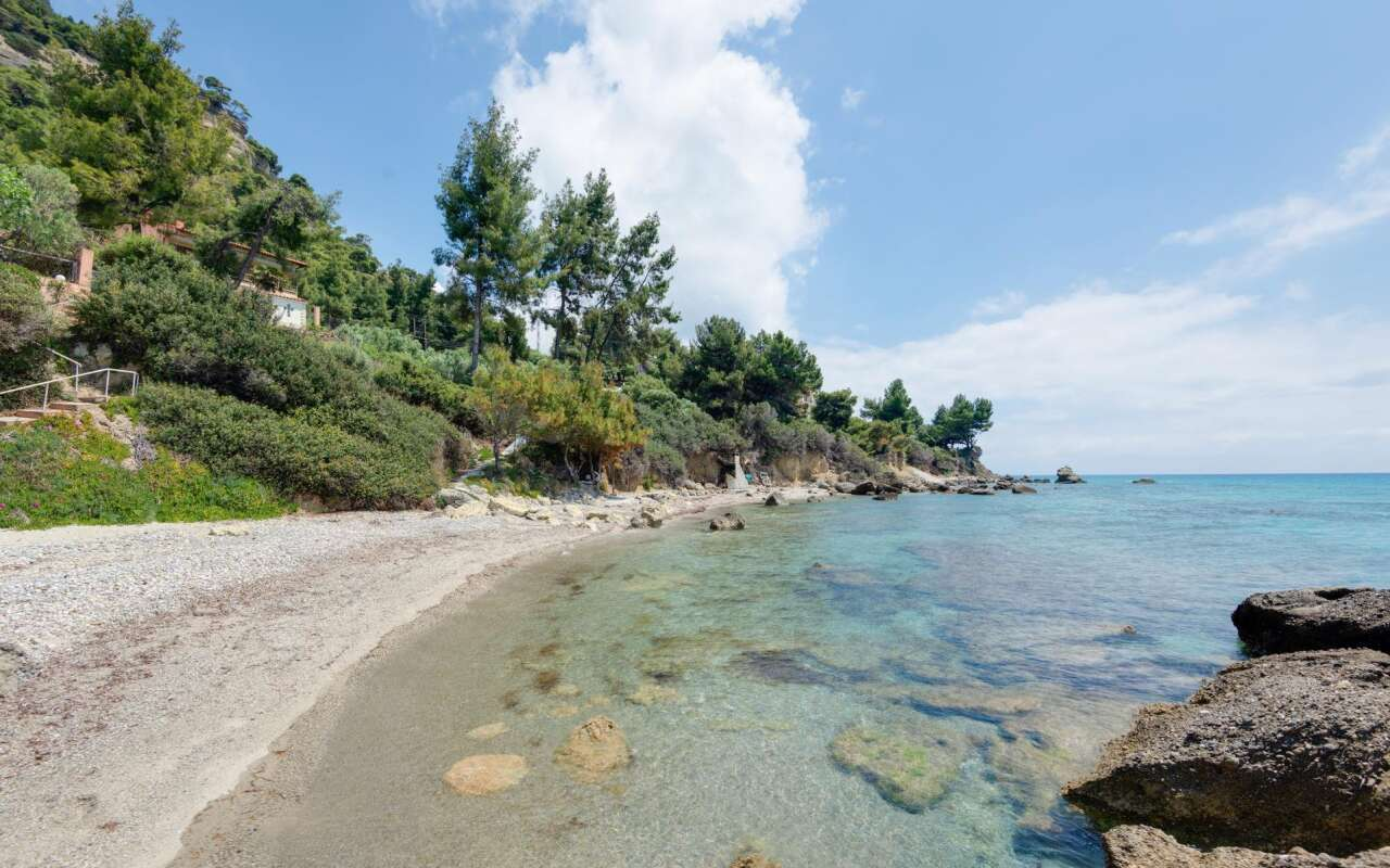 Beachfront Villa, Posidi