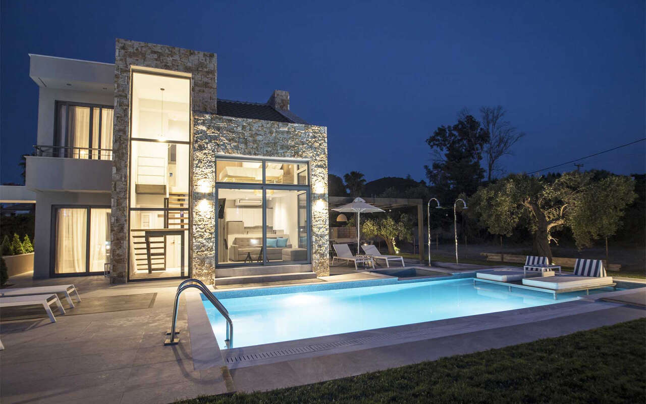 Ocean Villa Penelopy with private pool, Pefkohori