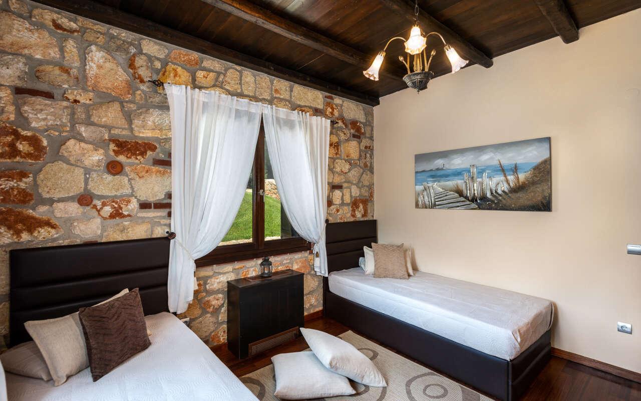Blue Estate Villa with private pool, Nikiti