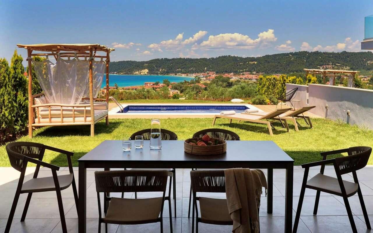 Soleado Premium 3 Bedroom Private Pool Villa, Fourka
