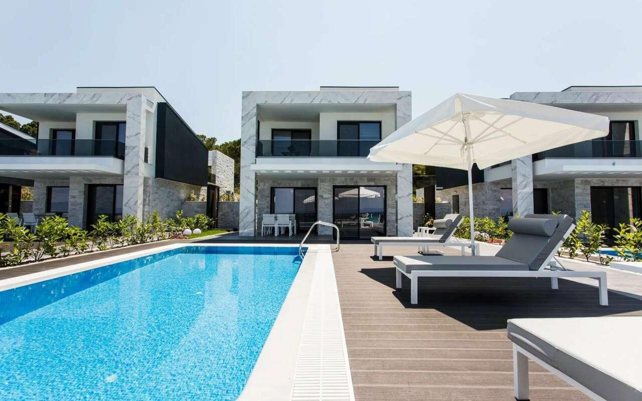 Crystal Luxurious Villa Panoramic Sea View,  Polychrono