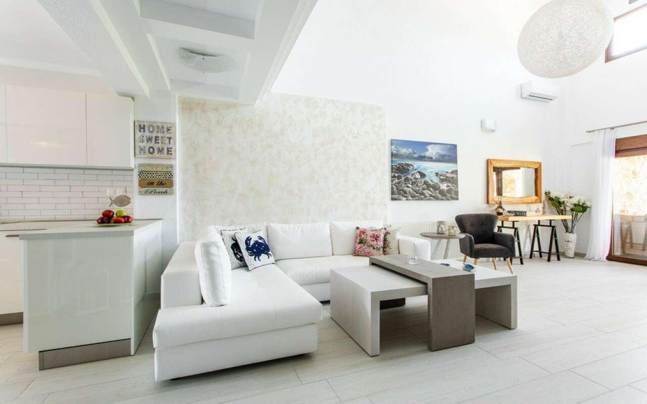 Nefeli Helios Villa with Private Pool,Nea Skioni