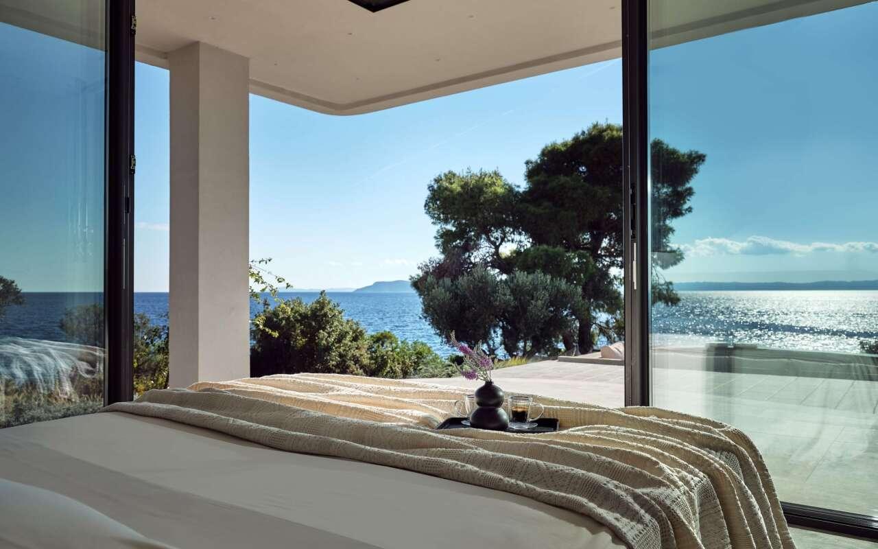 Mernatio Beach Front Villa, Lagomandra