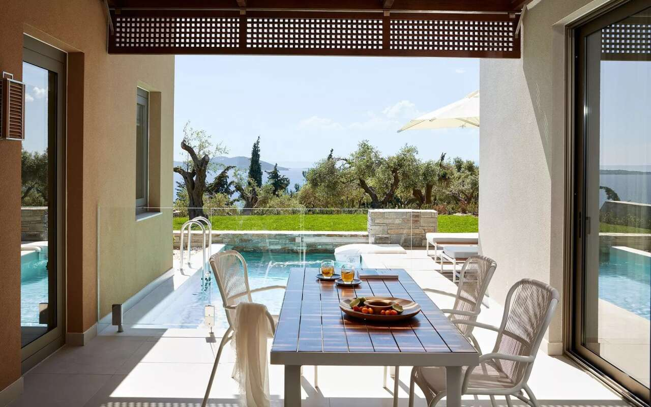 Eagles Ocean One Bedroom Pool Villa With Private Garden, Ouranoupoli