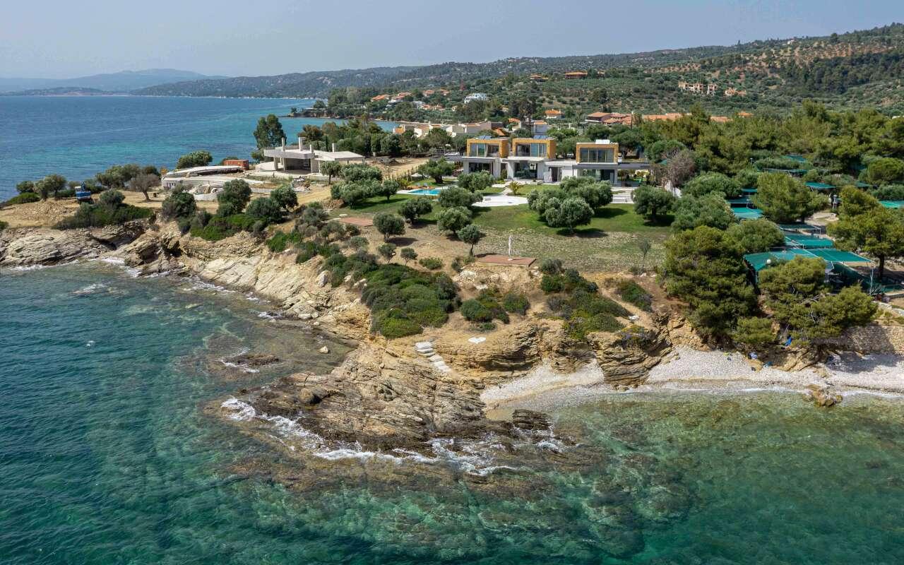 Luria Villa B,Akti Elia
