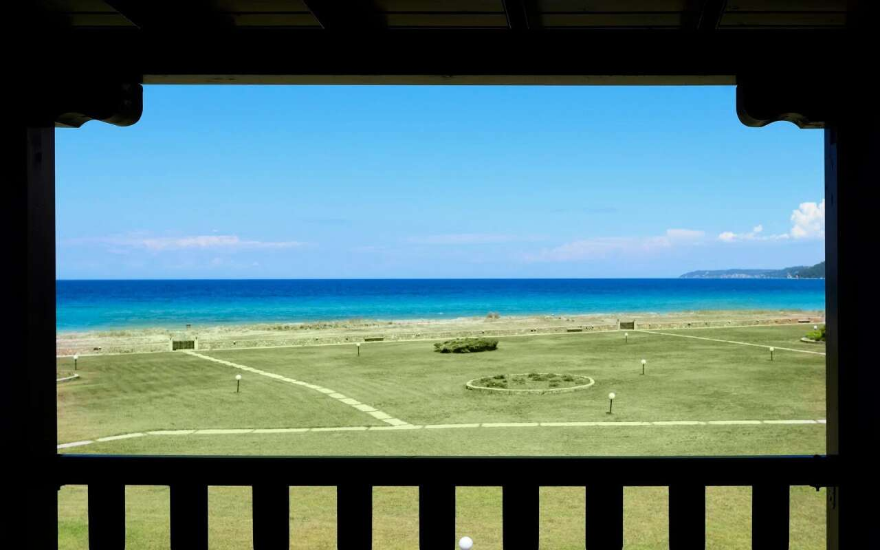 Soleado Beachfront Outpost,Fourka