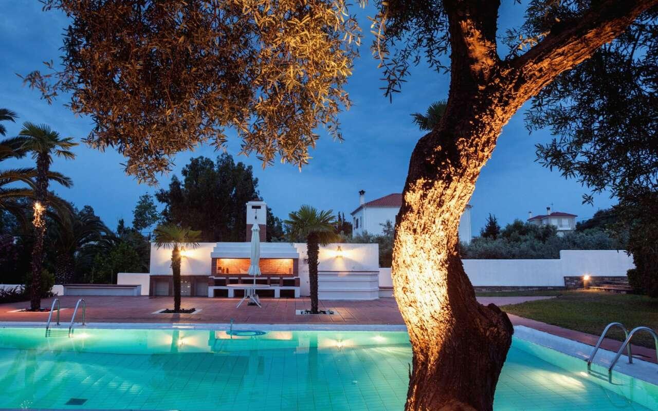 Escada Private Pool Villa, Polichrono